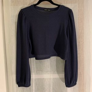 ✨2/$15✨ NWOT SHIEN Navy Long Sleeve Crop Top - M